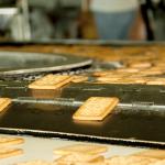 Охлаждающий конвеер поточной линии печенья